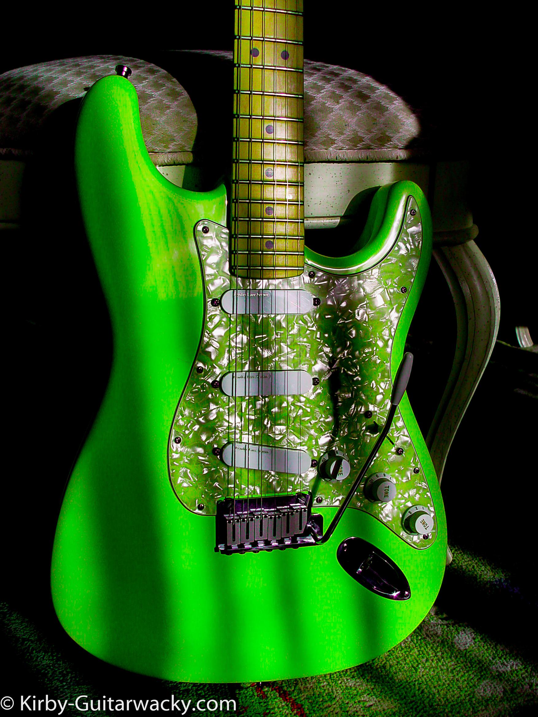 Fender Stratocaster Plus Guitarwacky.com