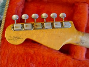 1999 Early Fender Custom Shop Relic Strat Stratocaster Relic Guitarwacky.com