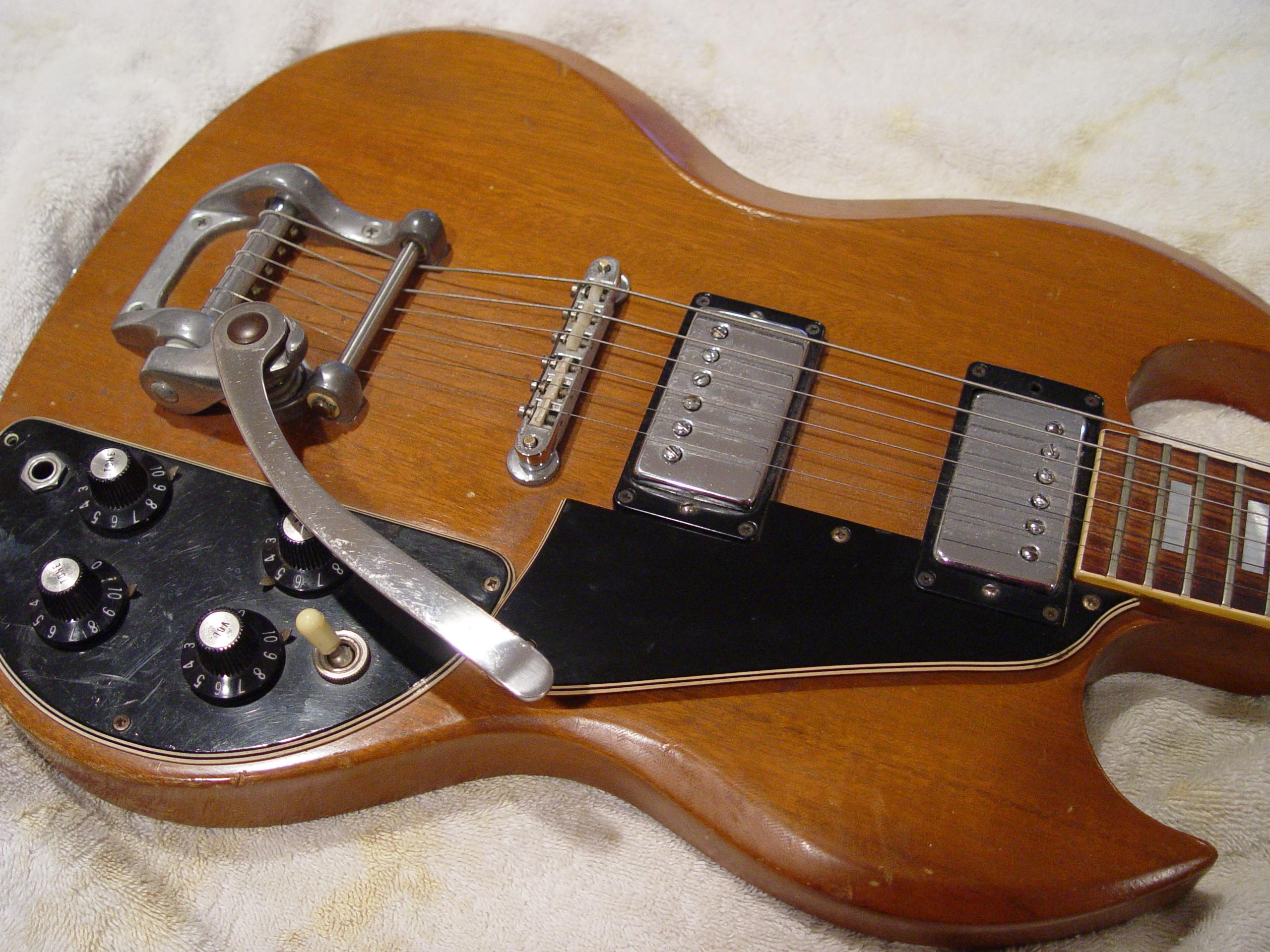 1974 Gibson SG Deluxe Guitarwacky.com