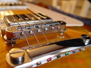 Gibson Les Paul Plus Guitar Bridge Tuneomatic Guitarwacky.com