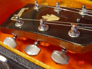 Gibson SG Custom Shop Headstock Guitarwacky.com