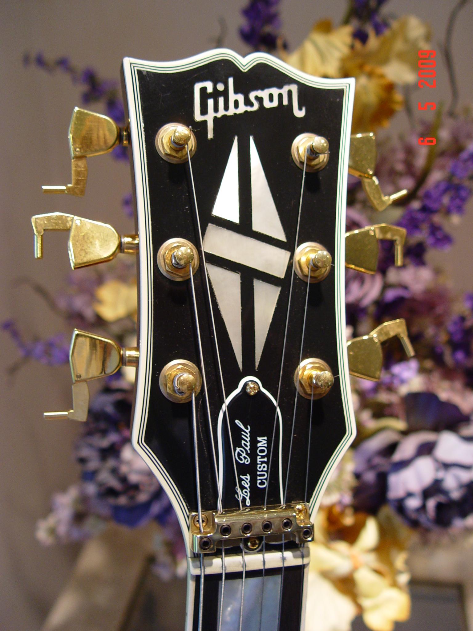 1983 Gibson Les Paul Custom Tulip Tuners Headstock Guitarwacky.com