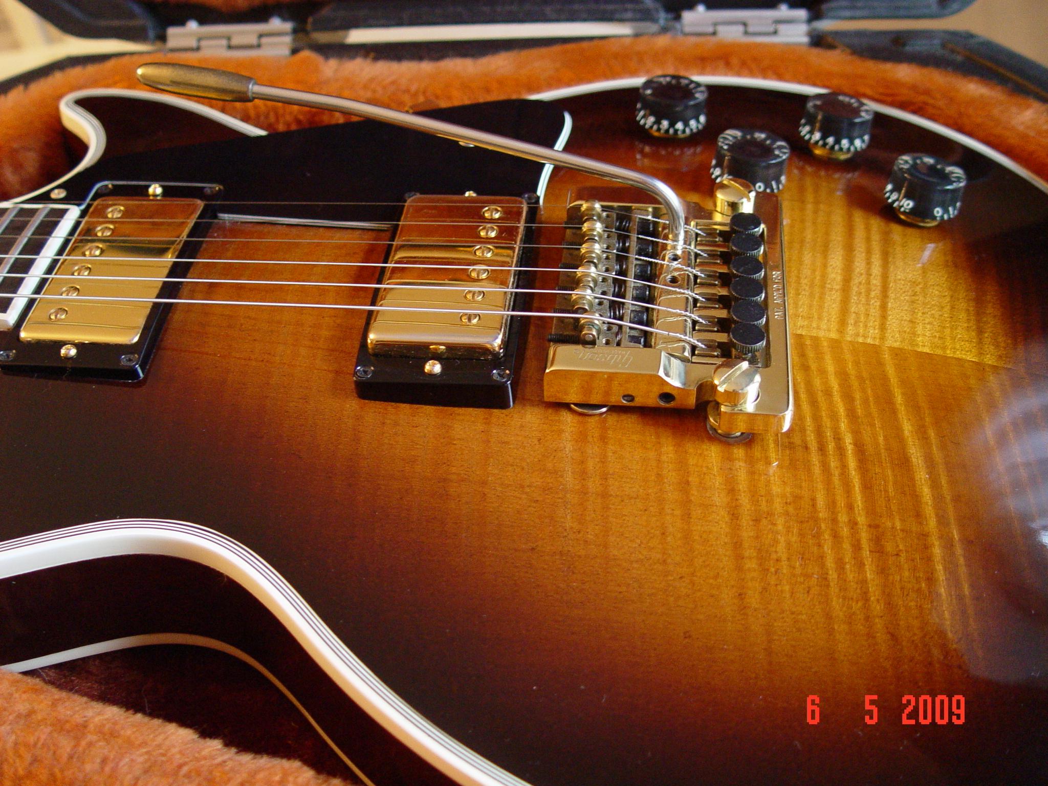 Flame Gibson Les Paul Guitarwacky.com