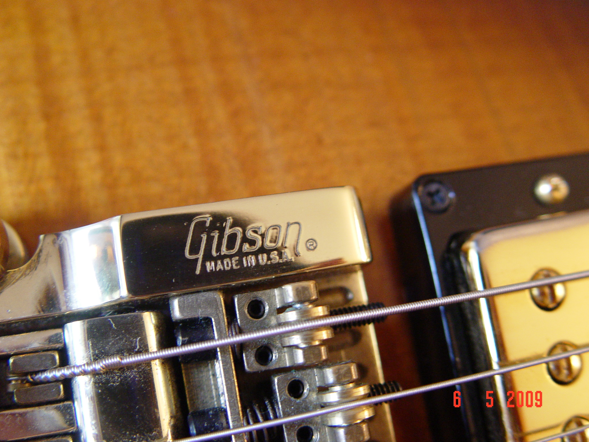 198* Gibson Les Paul Custom w/ Factory Vibrato Guitarwacky.com