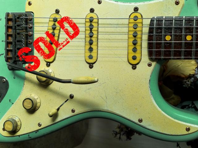 Fender Strat Relic Pickguard Guitarwacky.com