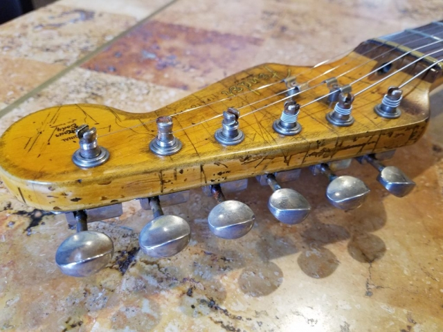 Fender Stratocaster Relic Headstock Tuners Guitarwacky.com