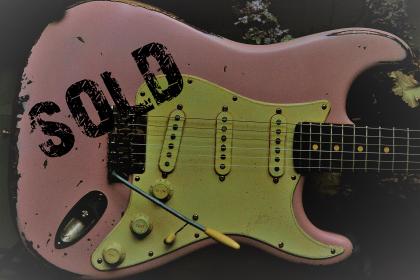 Fender Stratocaster Relic Shell Pink Guitarwacky.com
