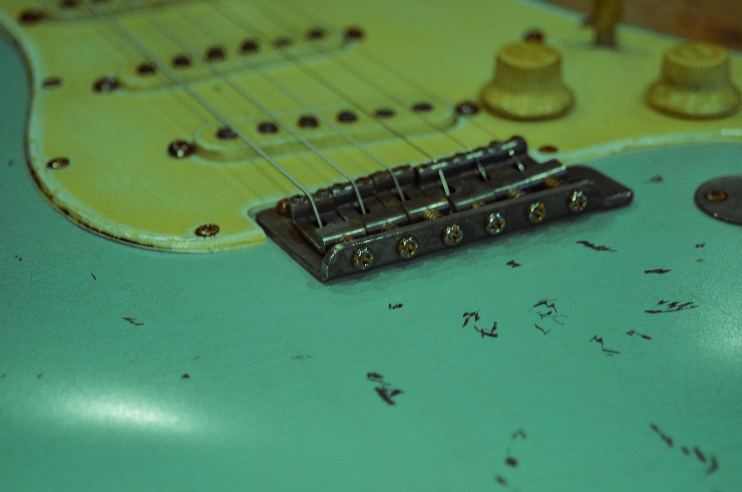 Fender Stratocaster Vintage Bridge Surf Green Relic Guitarwacky.com