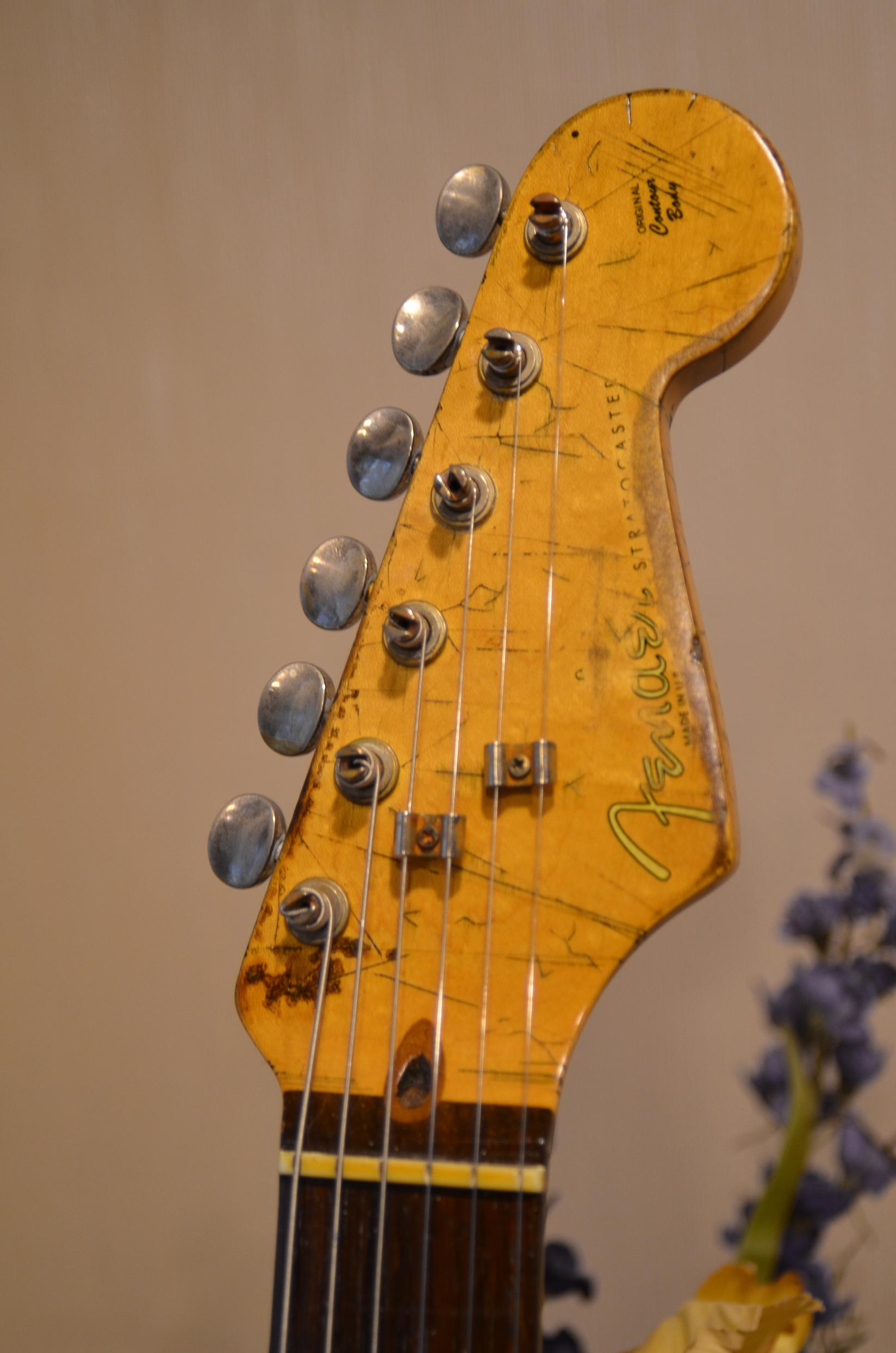 Fender Stratocaster Heavy Relic Vintage Tuners Headstock Guitarwacky.com
