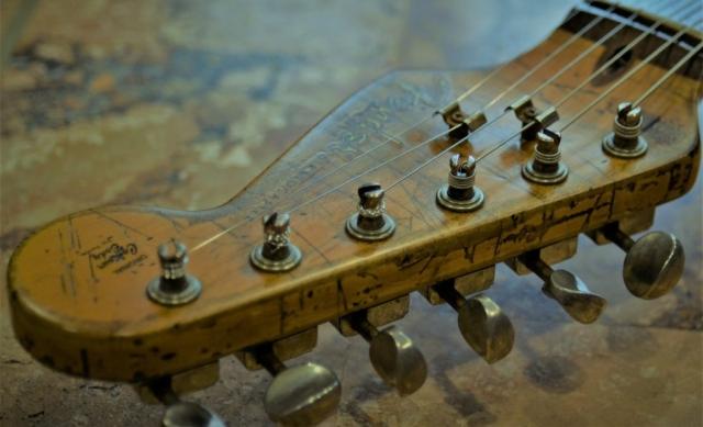 Fender Strat Reliced Headstock Guitarwacky.com