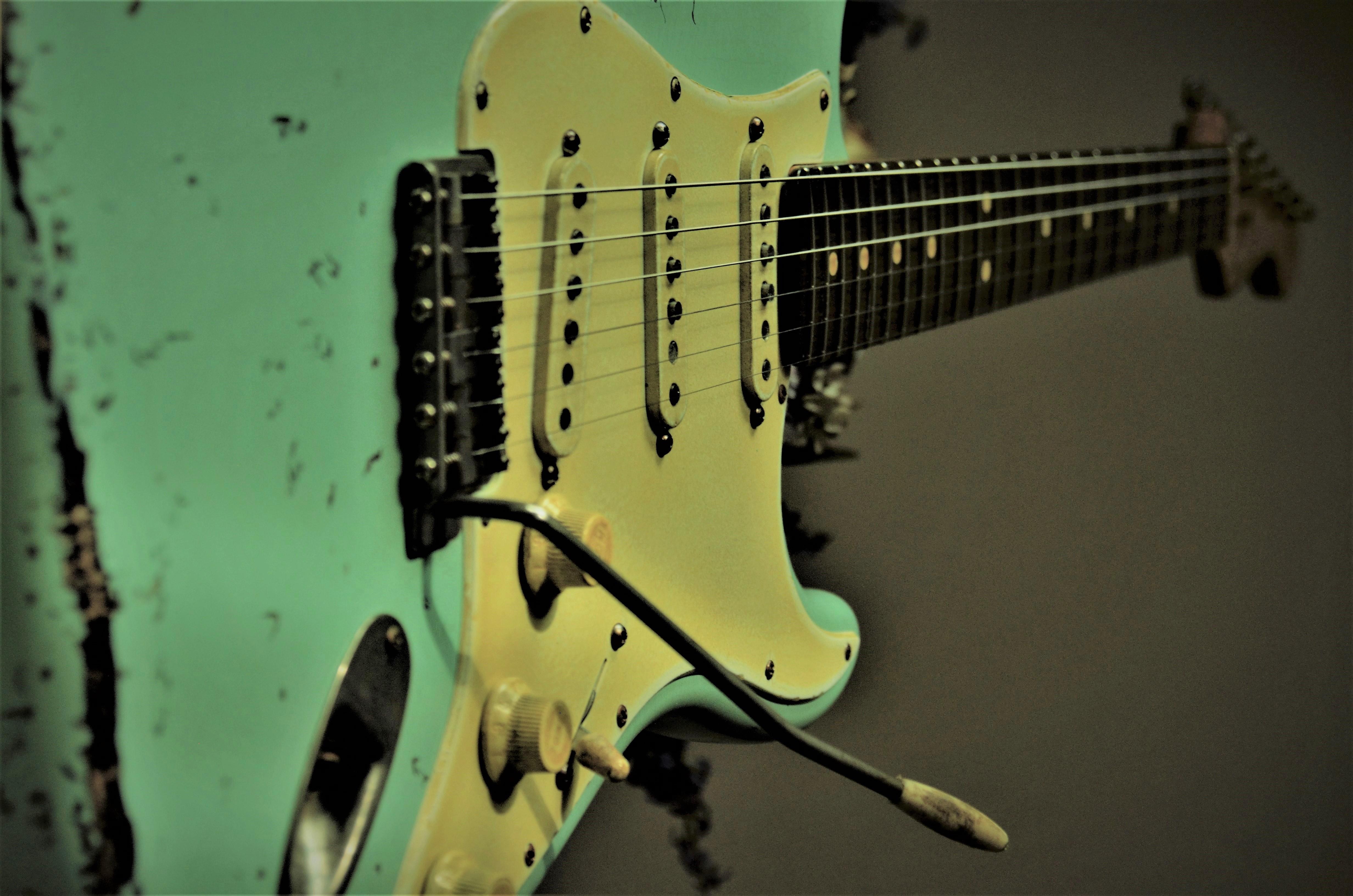Fender Stratocaster Relic Syrf Green Guitarwacky.com