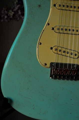 Fender Stratocaster Heavy Relic Surf Green Finish Checking Guitarwacky.com