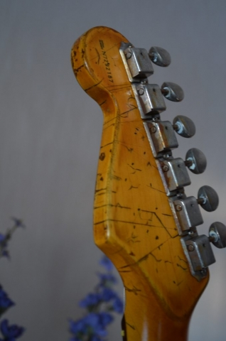 Heavy Relic Headstock Vintage Tuners Ping Guitarwacky.com