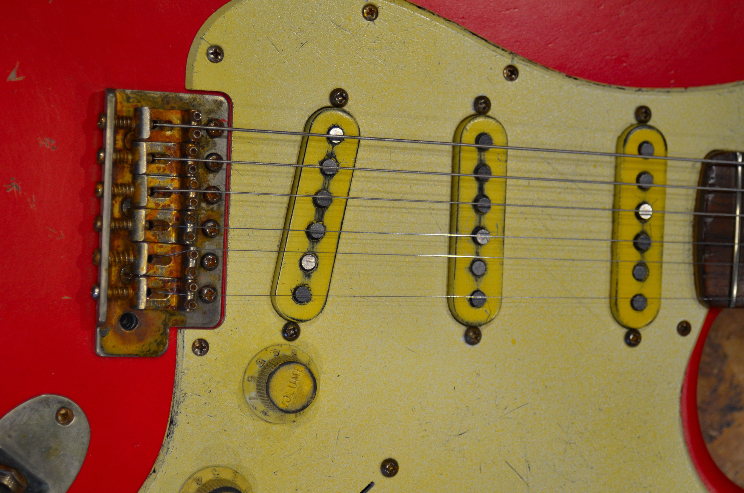 Fender Stratocaster Relic Fiesta Red Pickguard Guitarwacky.com