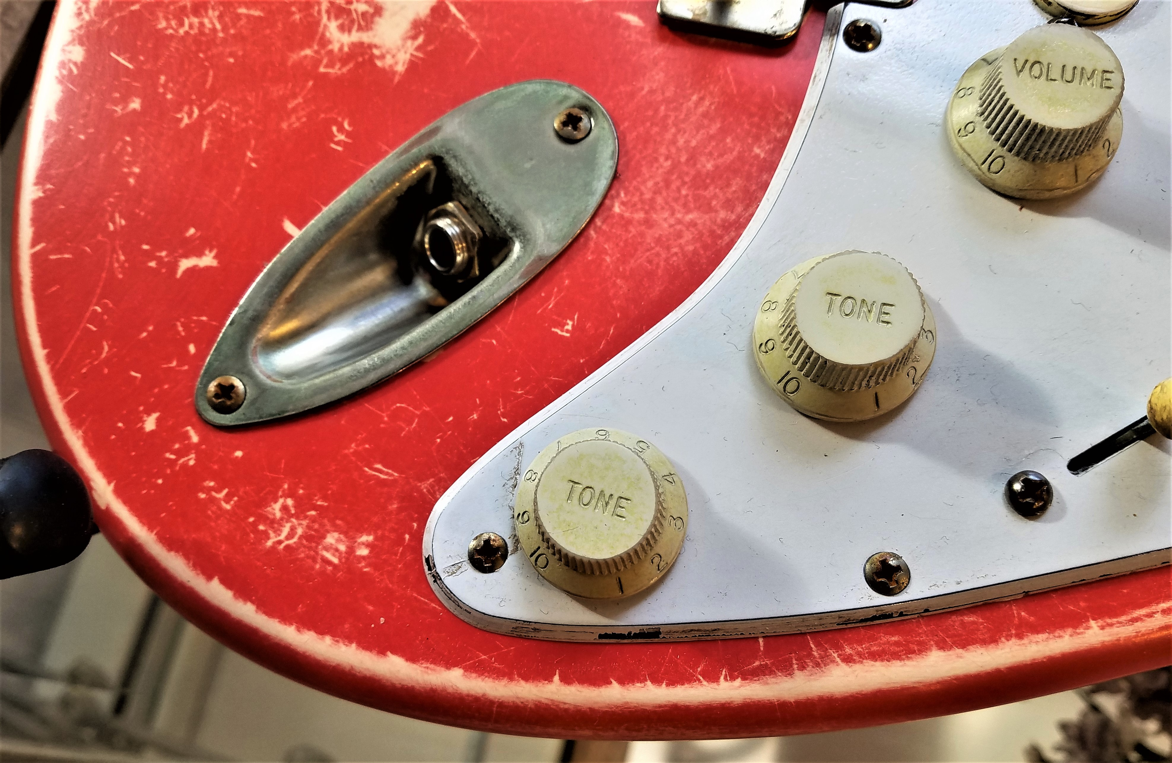 Fender Stratocaster Fiesta Red Custom Relic Guitarwacky.com