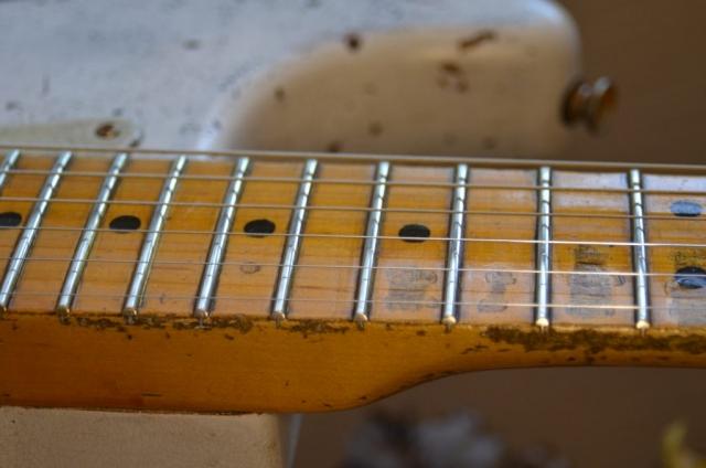 Custom Shop Fender Stratocaster Faded White Relic Aged Neck Frets Guitarwacky.com