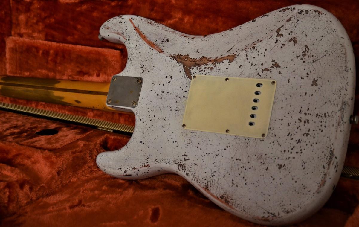 Custom Shop Fender Stratocaster Relic Aged Neck Guitarwacky.com