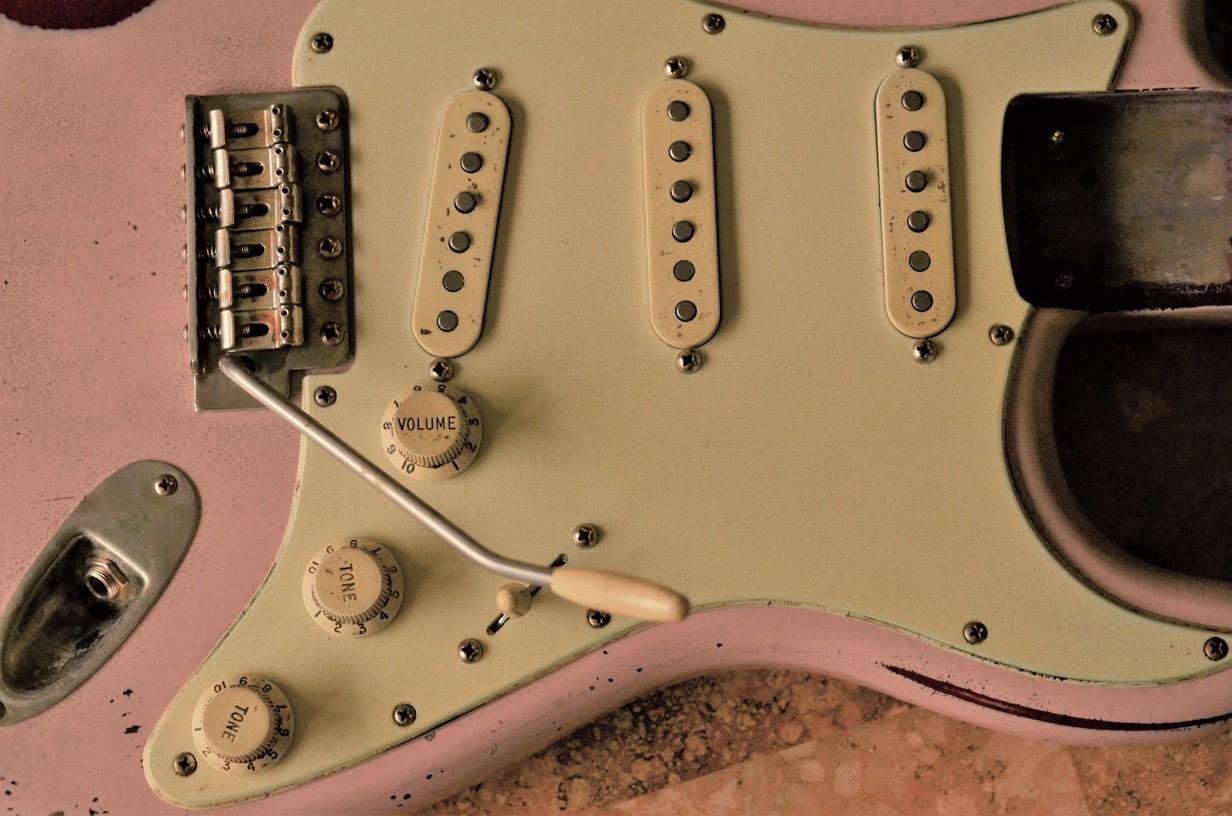 Fender Stratocaster Relic Aged Pickguard Guitarwacky.com
