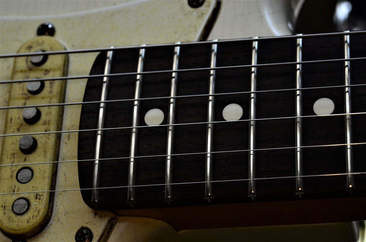 Finish Checking Fender Stratocaster Aged Relic Fretboard Guitarwacky.com