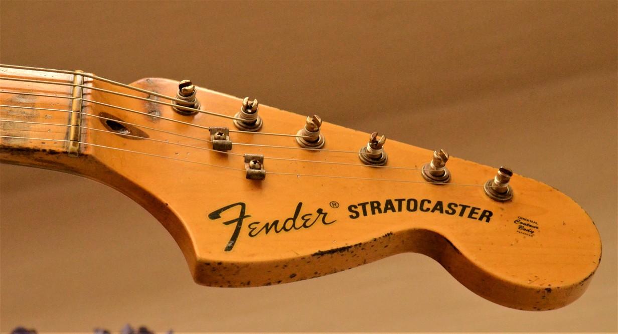 Fender Stratocaster Heavy Relic Head Stock Tuners Guitarwacky.com