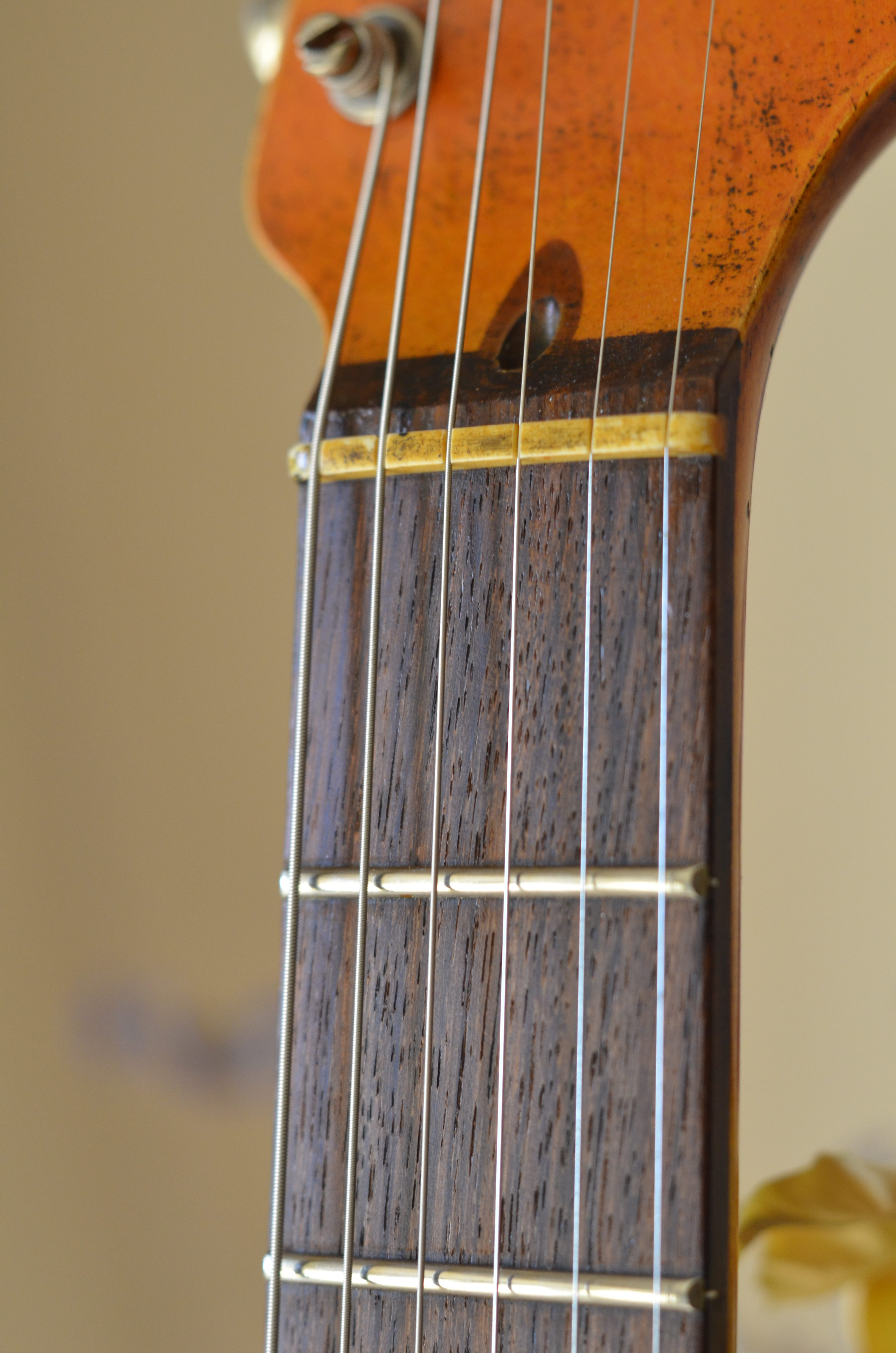 Aged Stratocaster  Guitar Nut