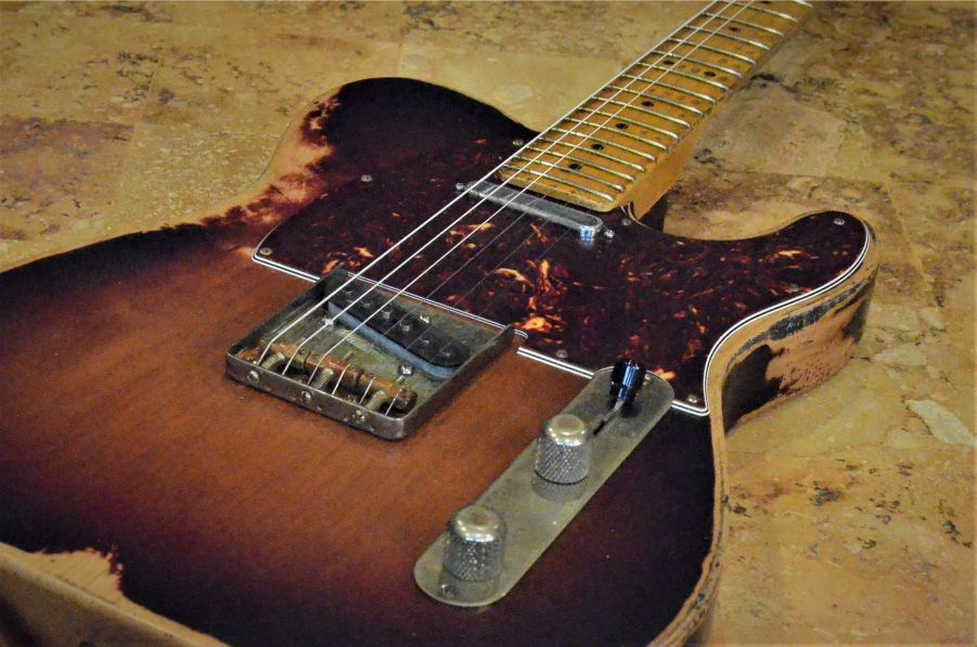 Fender Telecaster Sunburst Heavy Relic Guitarwacky.com