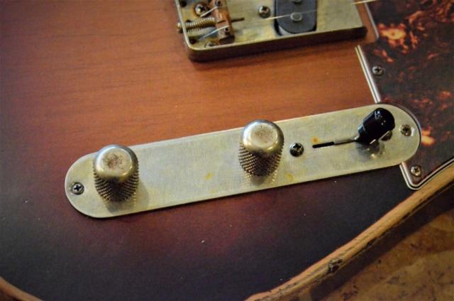 Fender Telecaster Sunburst Heavy Relic Controls Guitarwacky.com