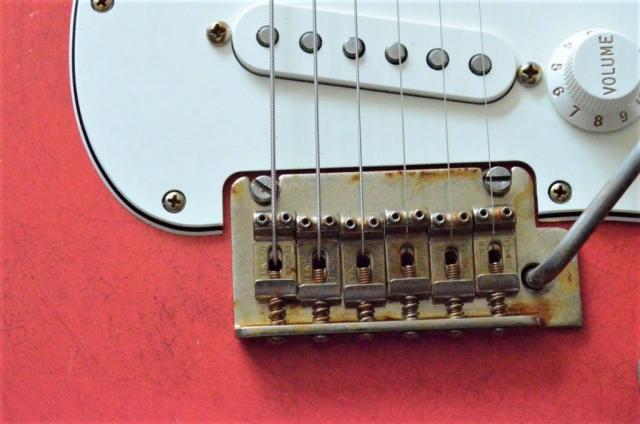 2 pivot Bridge Fender Stratocaster Relic Fiesta Red Guitarwacky.com