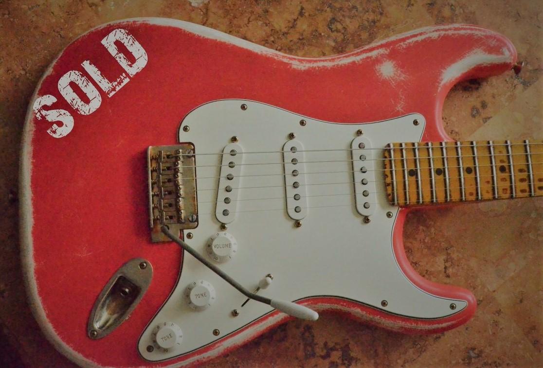 Fender Strat Relic Red Guitarwacky.com