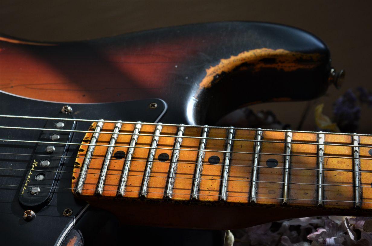 Fender Stratocaster Custom Aged Relic Burst