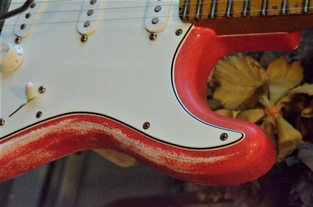 Horn Fender Stratocaster Relic Fiesta Red Guitarwacky.com