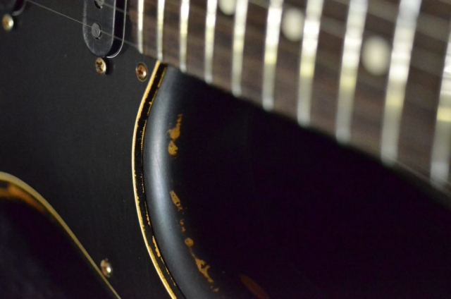 Fender Stratocaster Relic Cut Out Frets Guitarwacky.com