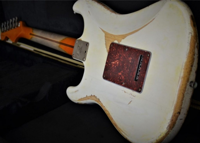 Fender Stratocaster Rear White Relic Tortise Shell Guitarwacky.com