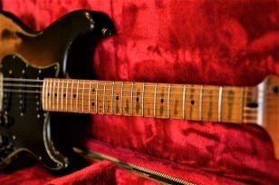 Fender Stratocaster Custom  Relic Maple Neck Wear