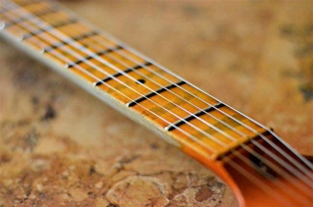 Boutique Fender Stratocaster Relic Maple Neck Wear