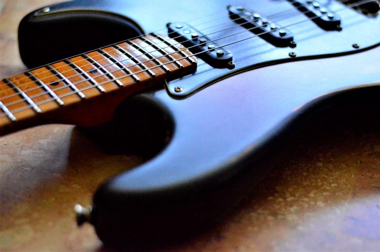 Fender Stratocaster Relic Maple Fretboard