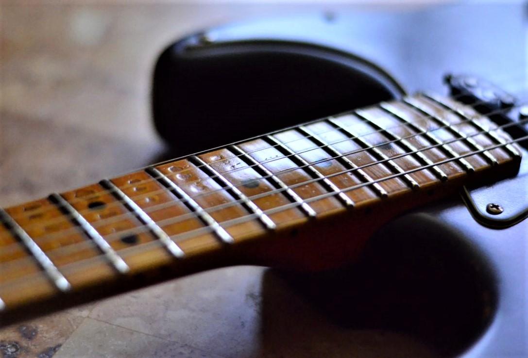 Fender Stratocaster Relic Maple Neck