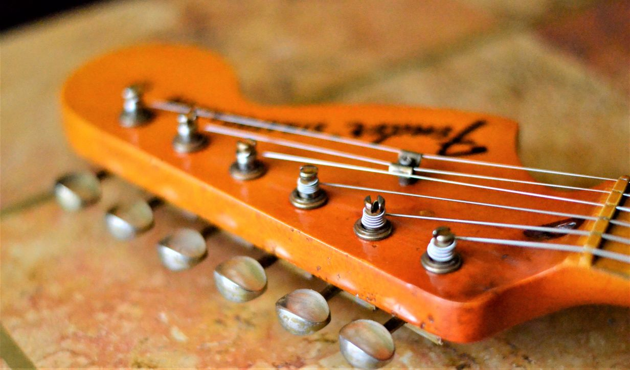 Fender Stratocaster Relic Cigarette Burn