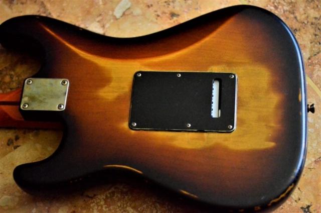 Back Cover Fender Stratocaster Relic