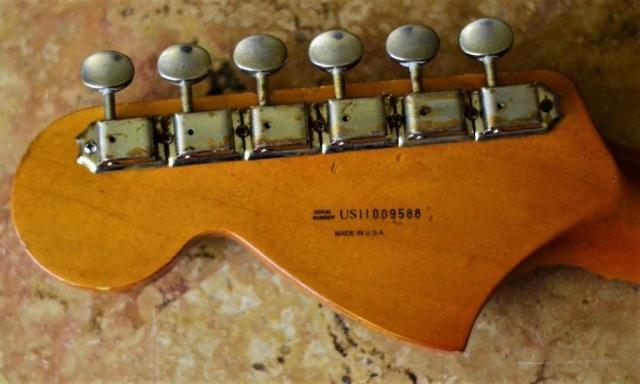 Fender Stratocaster Relic Large Headstock