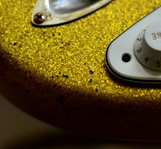 Fender Stratocaster Relic wear Gold Sparkle Flake