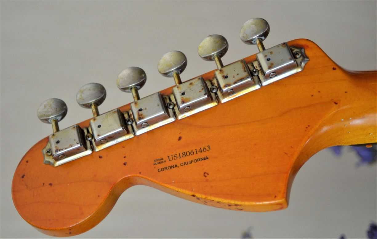 Fender Stratocaster aged relic Headstock