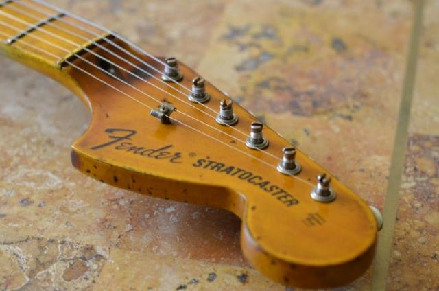 Fender Stratocaster Relic Neck Headstock