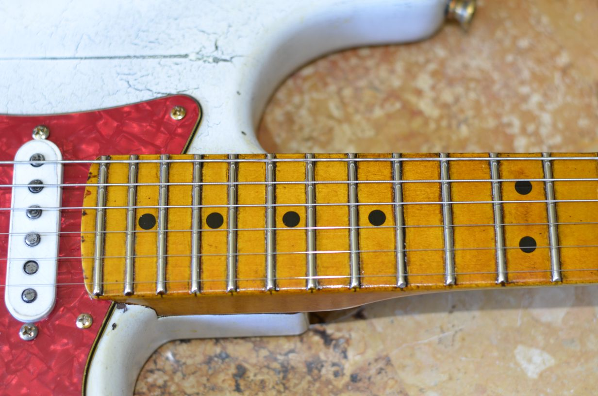Fender Stratocaster Relic Neck Jumbo Frets