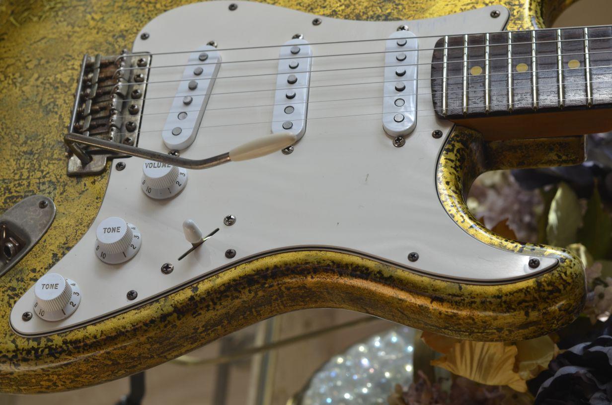 Fender Stratocaster Custom Vintage Gold Leaf