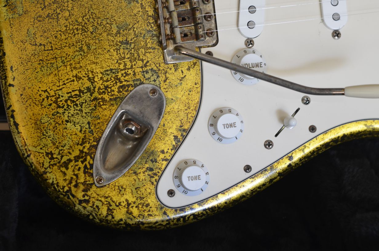 Heavy Relic Fender Stratocaster Custom Gold Leaf