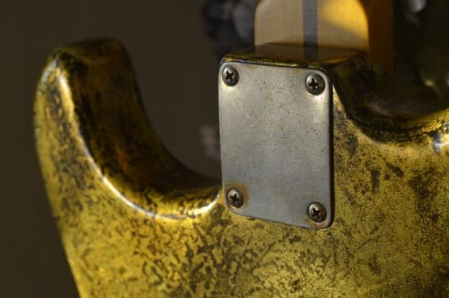 Neck Plate Fender Stratocaster Aged Custom Gold Leaf