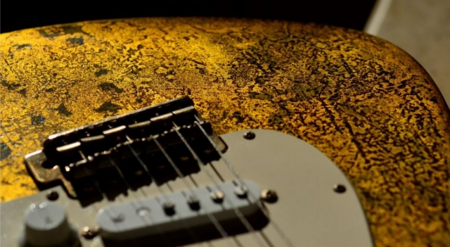 Aged Bridge Saddles Fender Stratocaster Custom Gold Leaf