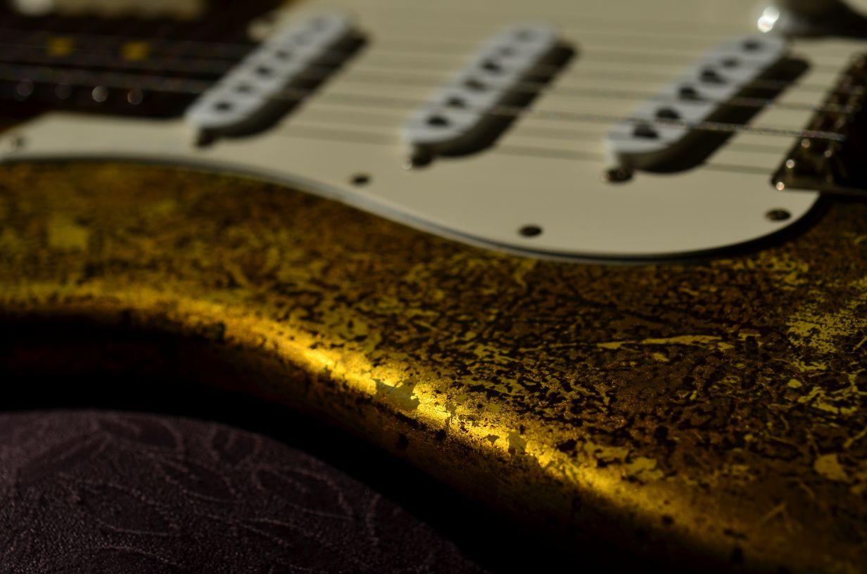 Fender Stratocaster Custom Gold Leaf RelicBout