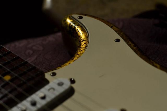 Fender Stratocaster Custom Gold Leaf Relic Horn